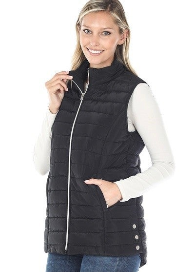 BLACK PUFFER VEST WITH ZIPPER POCKET