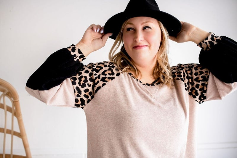LEOPARD SWEATER KNIT COLOR BLOCK TOP
