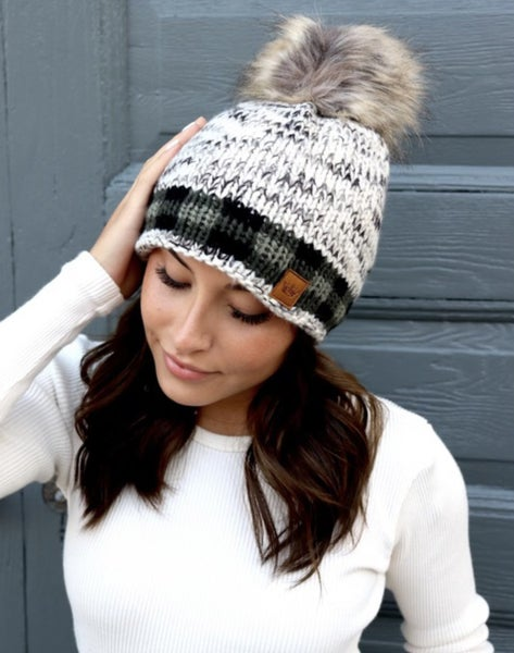 PLAID ACCENT HAT WITH POM