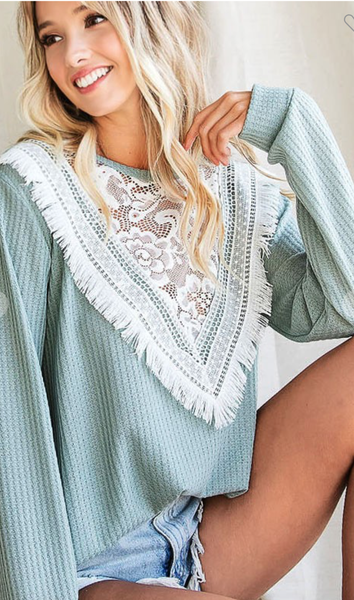 SAGE WAFFLE KNIT WITH LACE AND FRINGE
