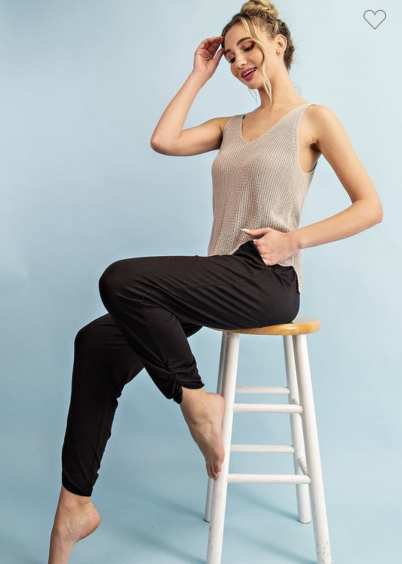 SOLID WAIST BANDED BLACK PANTS WITH SHIRRING DETAIL