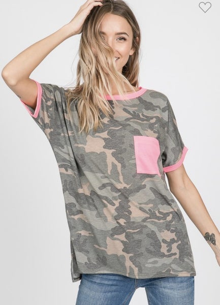 CAMO AND NEON PARTY POCKET TEE