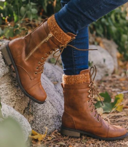 SHORT BROWN BOOTS WITH LEGWARMER DETAIL