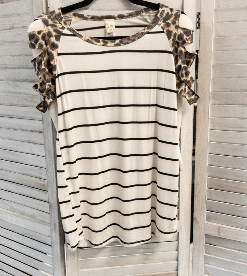LEOPARD CONTRAST CUT OUT SLEEVE TUNIC TOP WITH STRIPES