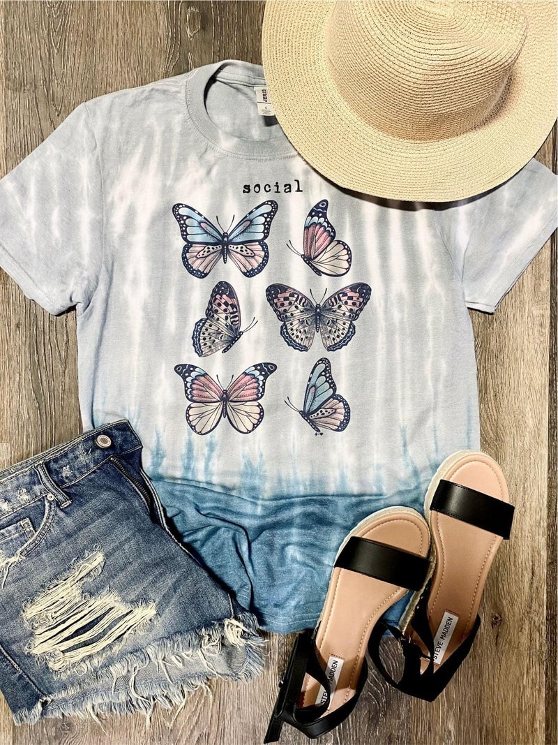 SOCIAL BUTTERFLY DIP DYED GRAPHIC TEE
