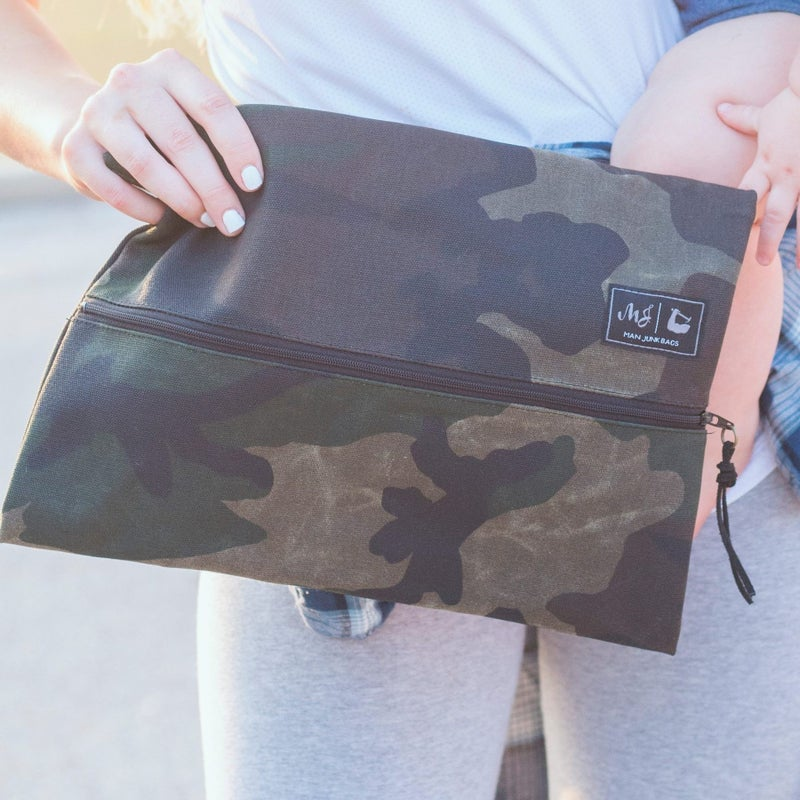 MAKEUP JUNKIE - Waxed Camo Bag!