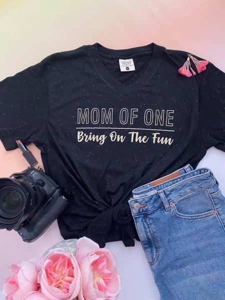MOMS # TEE