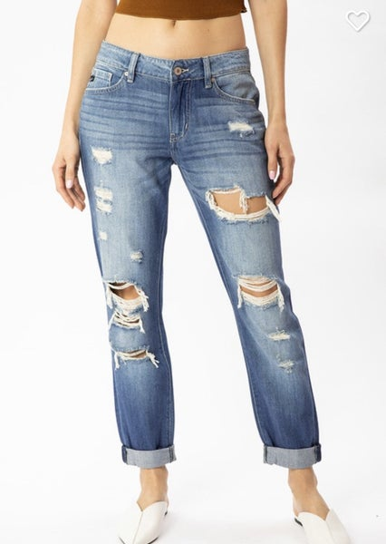 KAN CAN MID RISE DISTRESSED BOYFRIEND JEANS