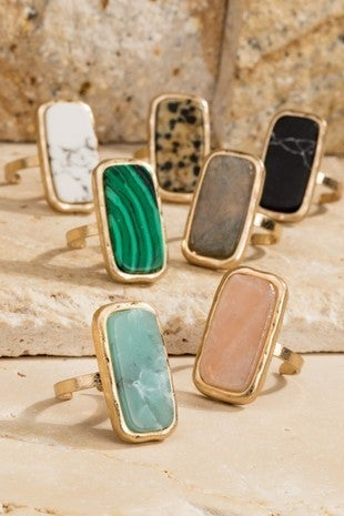 NATURAL STONE AND HAMMERED METAL RECTANGLE RING