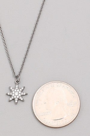 STUDDED 8 POINT STAR NECKLACE