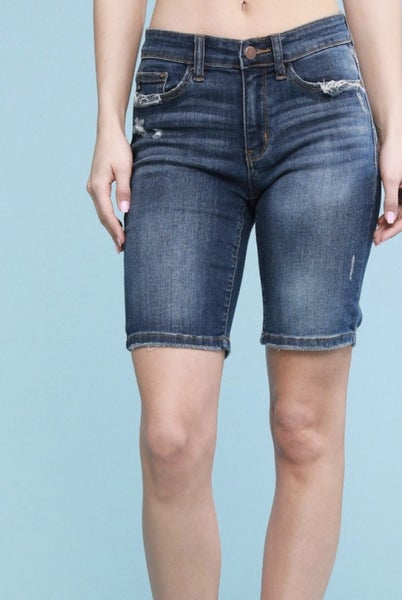 JUDY BLUE Chill out and RELAXED Fit bermudas