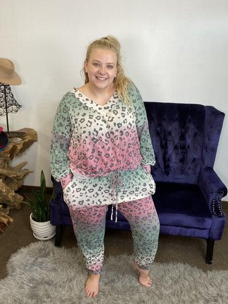 Animal Print Curvy Fit Lounge Set