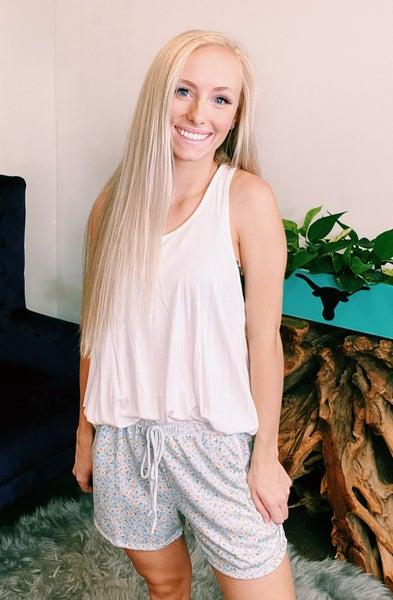 Olivia Floral Pocketed Shorts