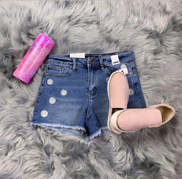 Judy Blue Dolly Daisy Embroidery Shorts