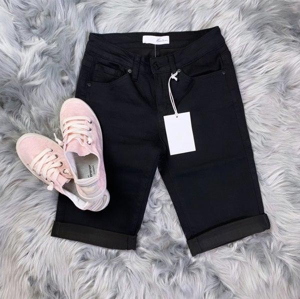 Kan Can Ava Bermuda Short