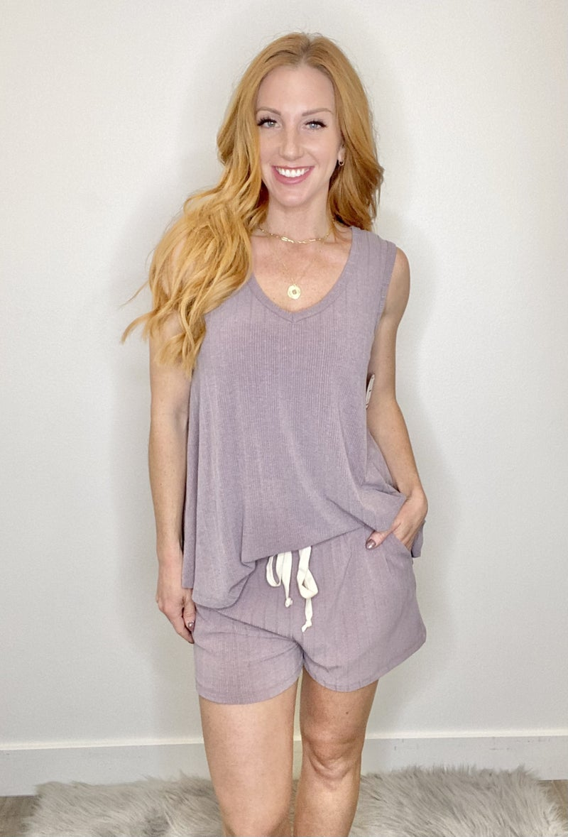 Lavender Ribbed V-Neck Tank