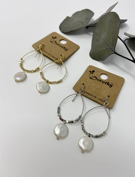 Teardrop Pearl Earring