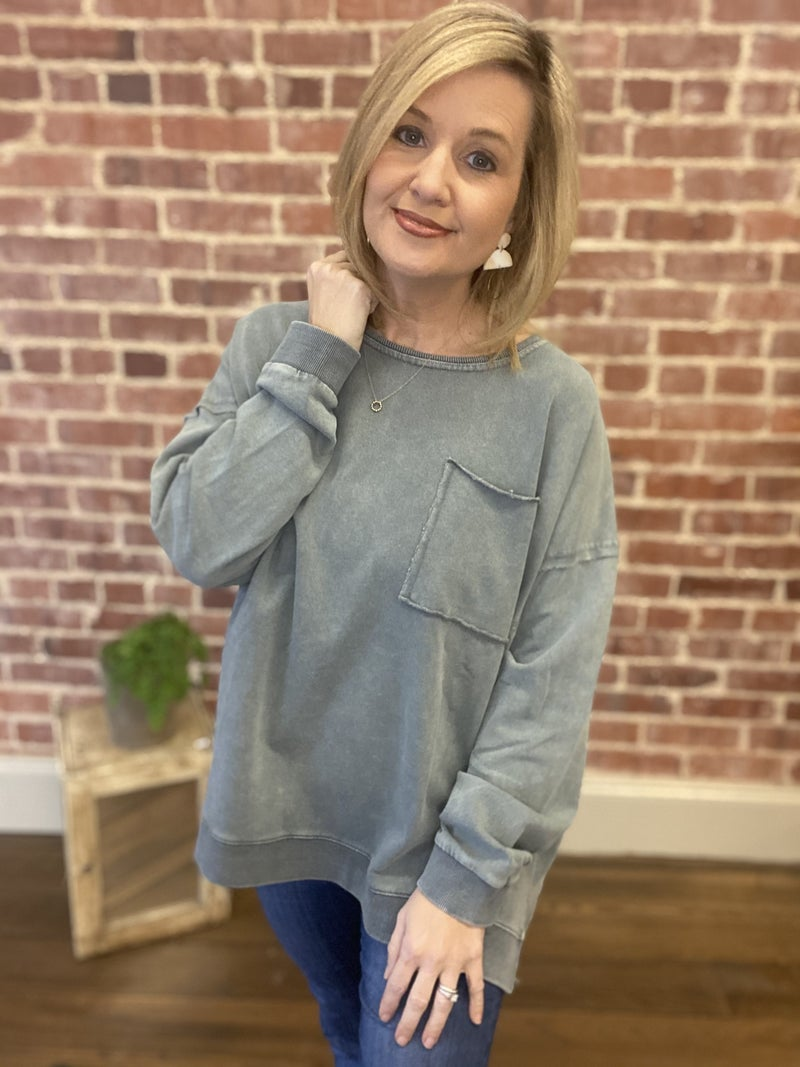Around the Town Top { Slate gray}