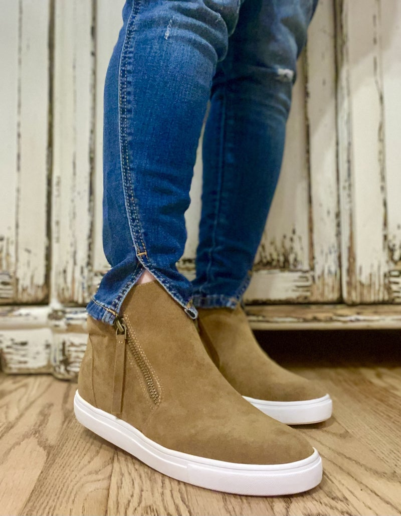Kendra Hidden Low Wedge Sneaks