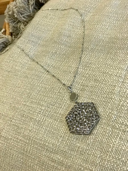 The Hexagon Cluster Necklace