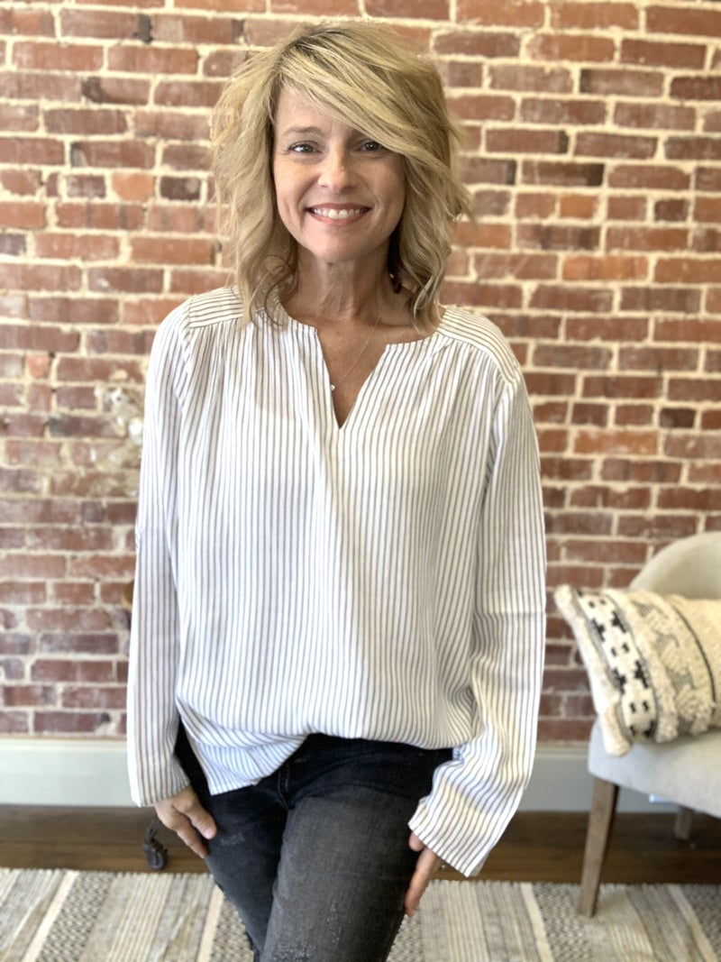 Working Girl Top~Up to Xl!!
