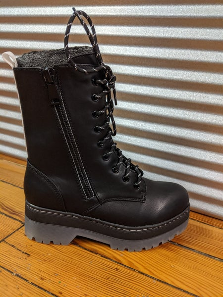 Fashion combat boot