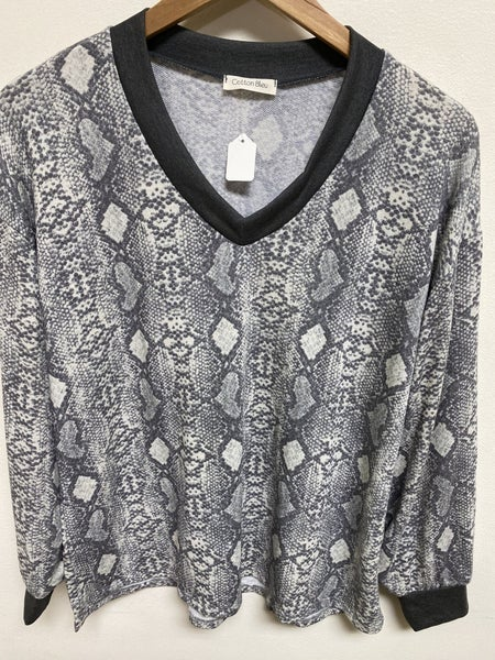 Grey Python Lounge Top