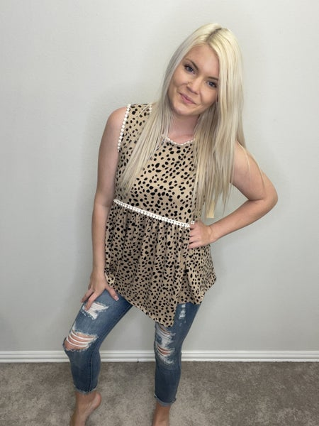 SLEEVELESS LEOPARD PRINT BABYDOLL TOP