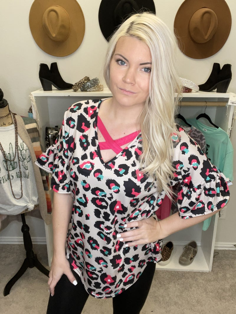 Multi color leopard printed top w/short ruffle sleeves