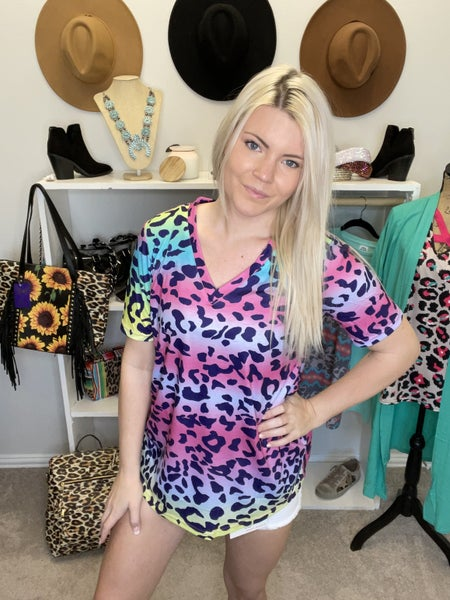 Multi color leopard printed short sleeve top *Final Sale*