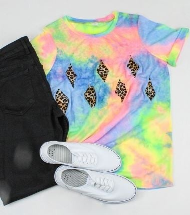 TYE DYE AND LEPORD TOP