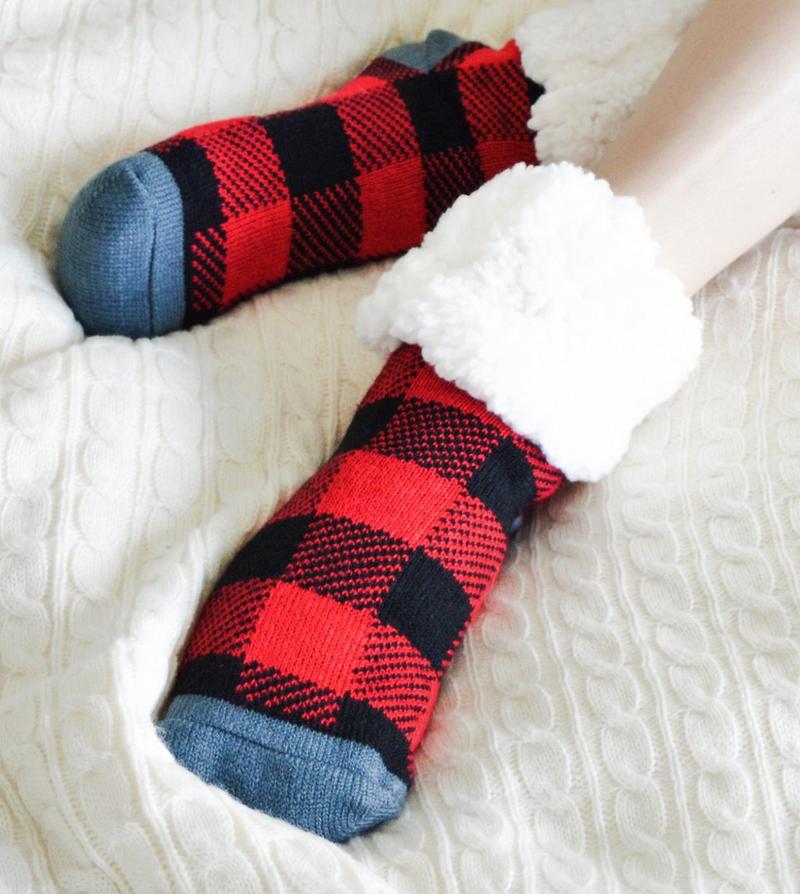 Pudus Red Buffalo Plaid Slipper Socks - Adult
