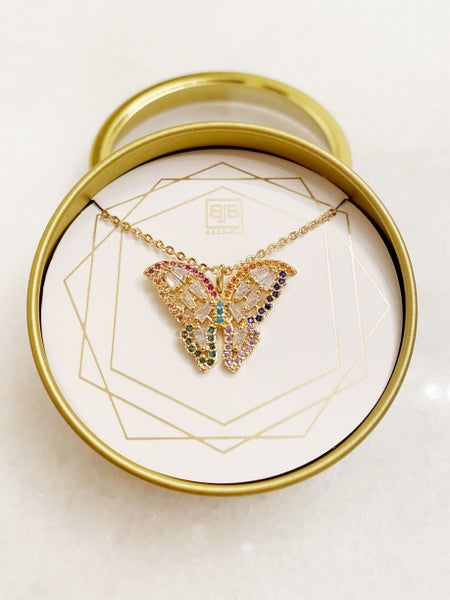 BB Lila Butterflies Necklace