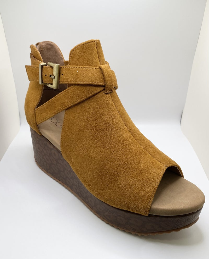Corky's Walk The Walk Wedges - 3 Colors!