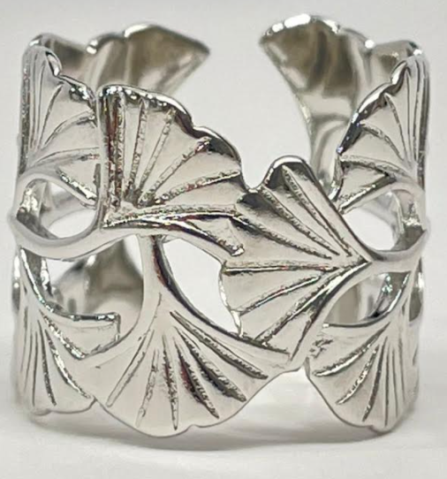 Melania Clara Lotus RIng - Silver
