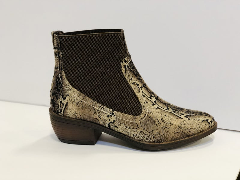 Corky's Hanover Booties