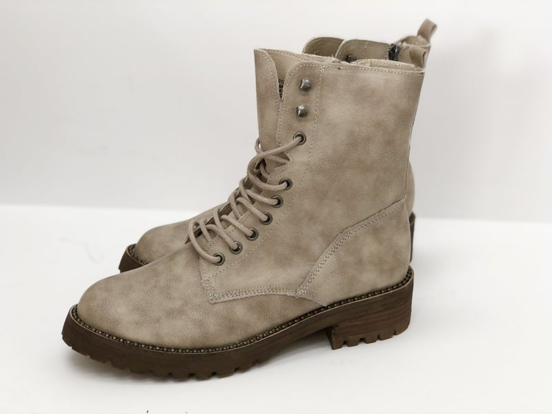 Very G Conquest Boot