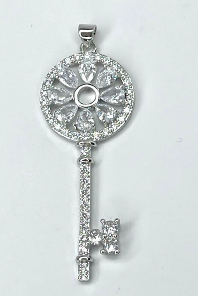 By Alexa Rae Flower Key Charm