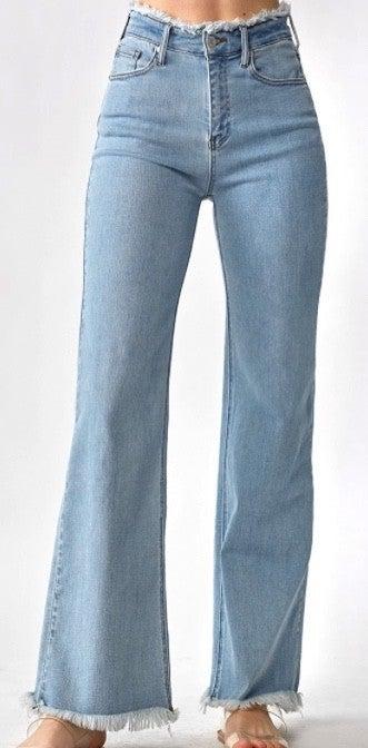 Risen Frayed Hem Wide Leg Jeans