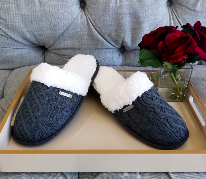 Pudus Cable Knit Slippers - Grey