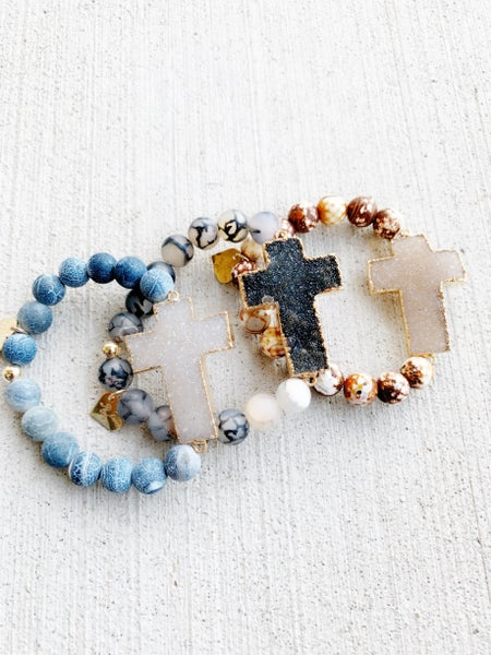 Druzy Cross Stretch Bracelet