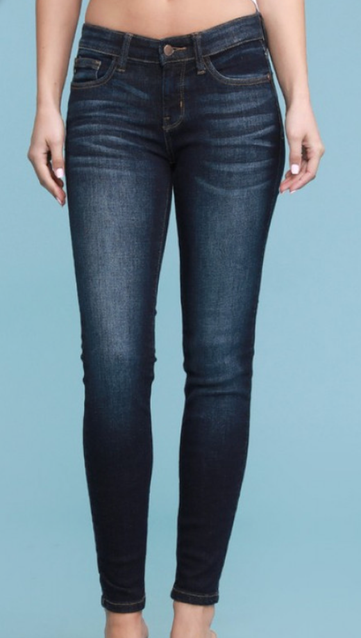 Judy Blue A Walk In Nature Skinny Jeans