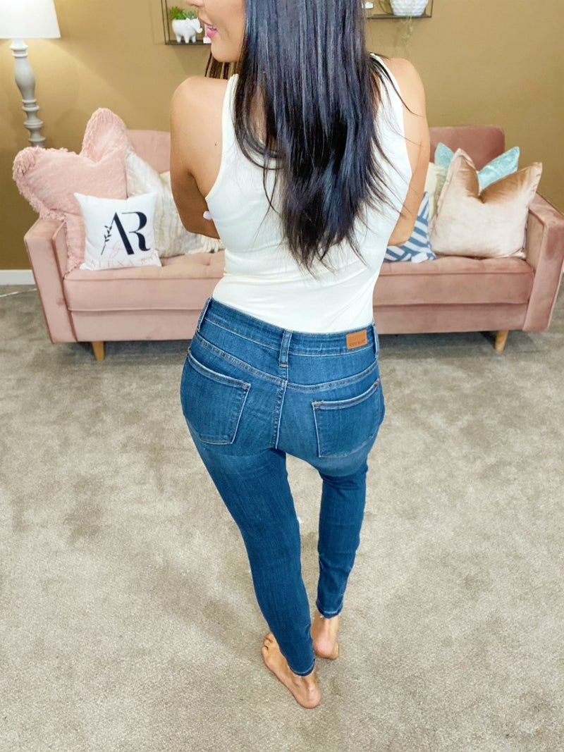 Judy Blue Hanging By A Moment Jeans