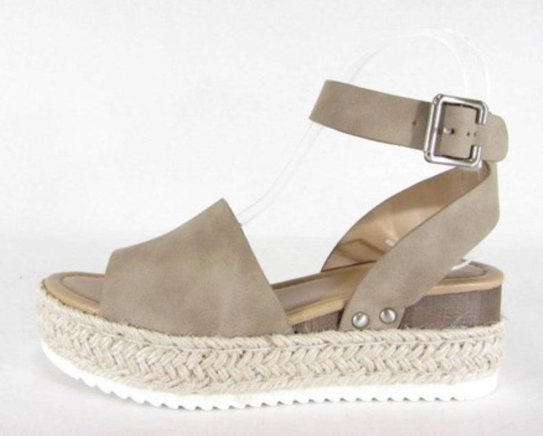3 Colors! Hello Sunshine Sandal