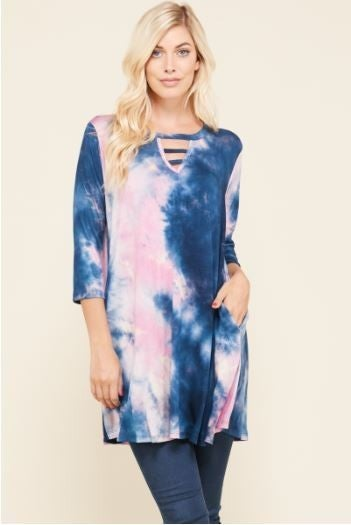 TIE DYE BRAID NECK TUNIC