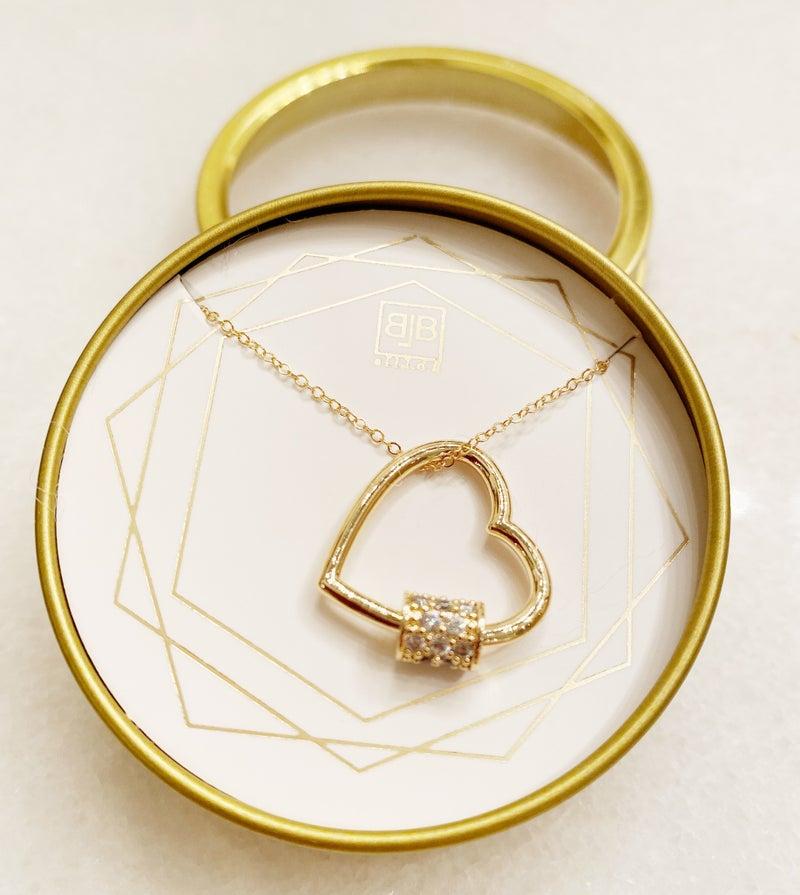 BB Lila Heart Eyes Necklace