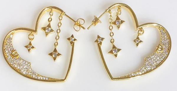 Melania Clara Moon Heart Earrings - Gold