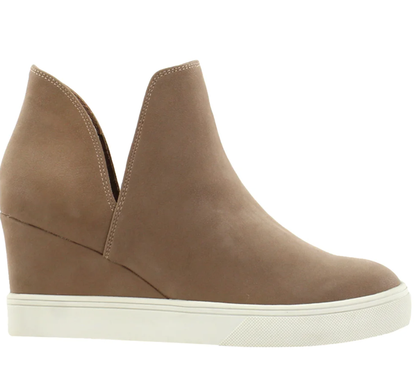 MIA Kate B Slip On Sneaker