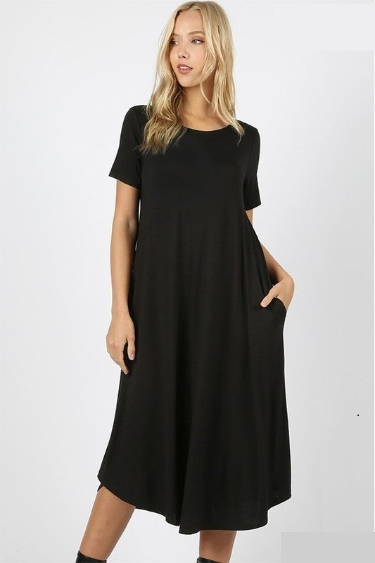 SHORTSLEEVE ROUND NECK DRESS WITH SIDE POCKETS