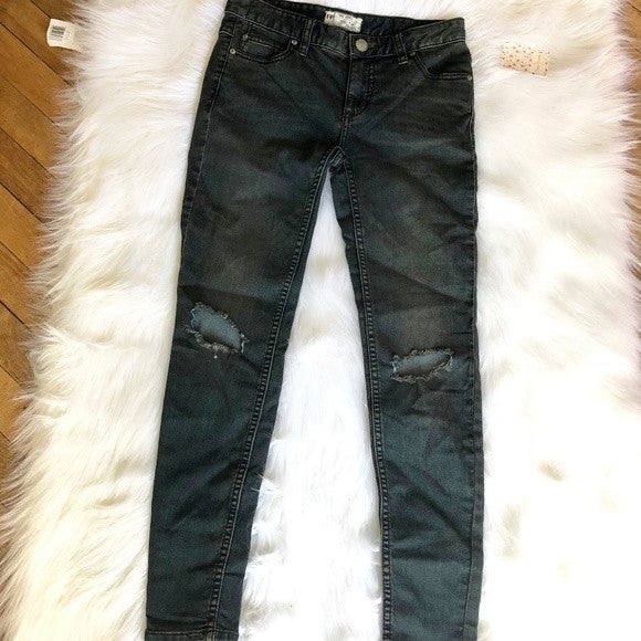 Free People Destroyed Patsy Skinny Jean